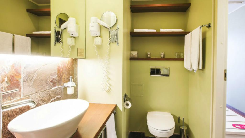 Hotel Jurmala SPA Standard room bathroom